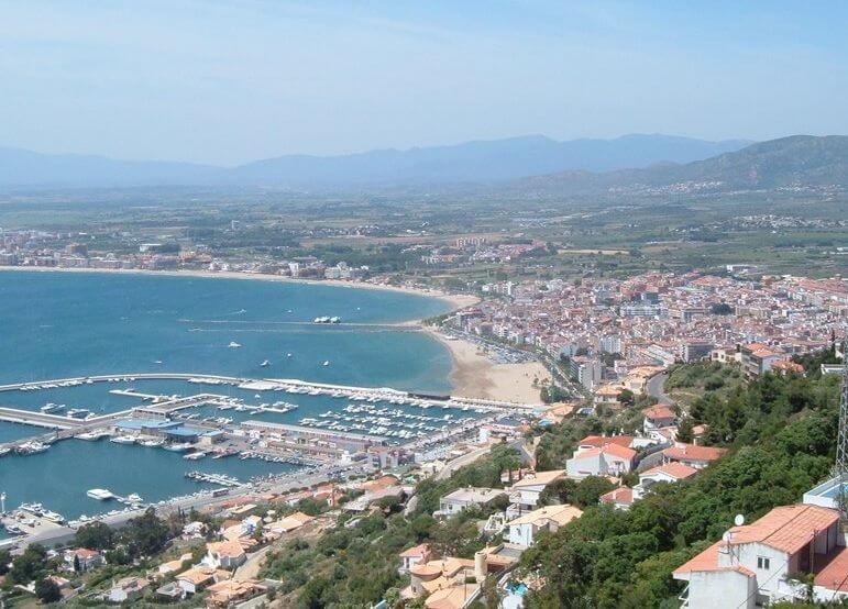 Découvrez la ville de Rosas sur la Costa Brava