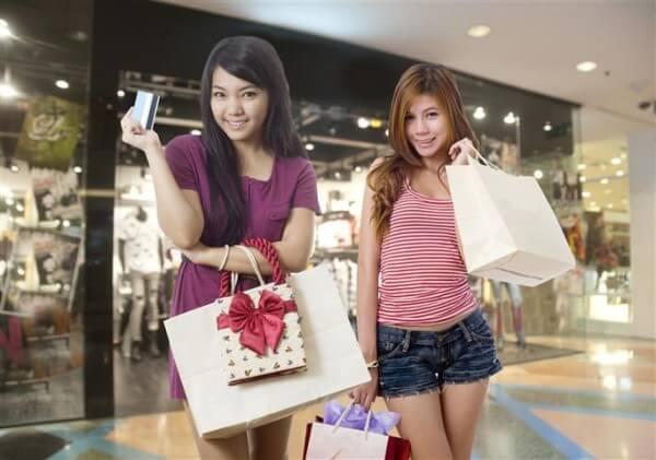 L'Espagne envisage de devenir le leader du tourisme de shopping